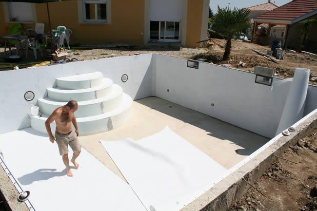 Galer a fotos montaje kit piscina fondo plano piscina for Planos para construir una piscina de hormigon