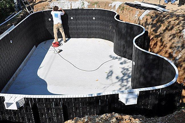 Galer a fotos montaje kit piscina moody pool piscina for Kit piscina hormigon